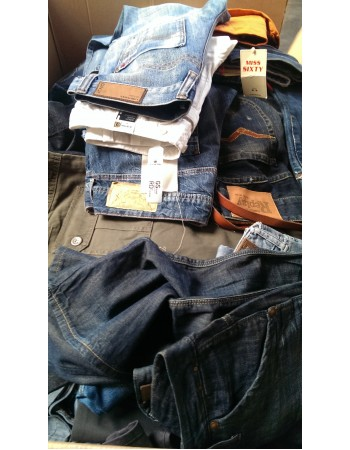 Diesel, G-Star, Replay, Levis, Jack & Jones, LTB, Only, Vero Moda e altri marche di jeans